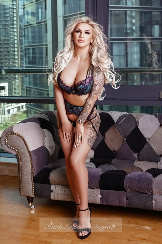 A photo of agency escort Priya in her sexy lingerie looking as beautiful as ever