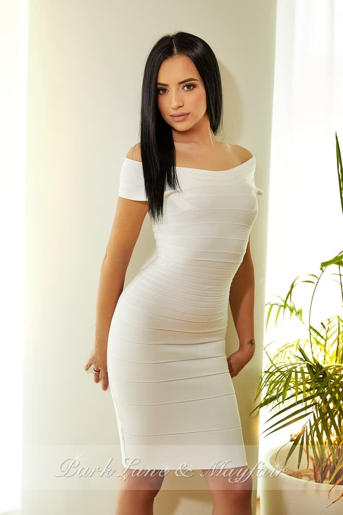 London Call-girl Irene looking super hot with her tightly toned body