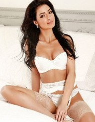 Sophisticated High End Escort In London